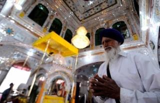 Pakistan'daki cemaatsiz Sih tapınakları Müslümanlarca...
