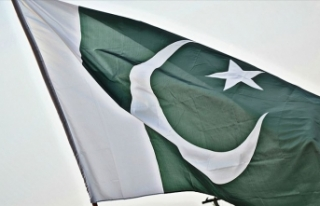 Pakistan'da menkul kıymetler borsasına silahlı...