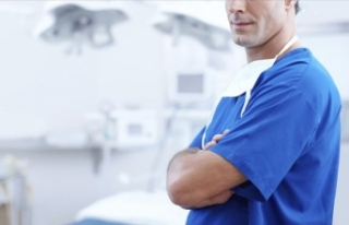 Sağlık Bakanlığı 17 bin 689 sözleşmeli sağlık...
