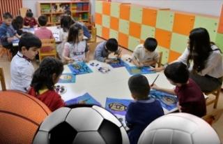 Spor camiası 24 Kasım Öğretmenler Günü'nü...
