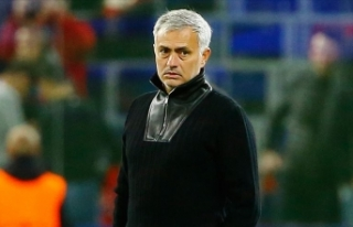Tottenham'da teknik direktörlüğe Mourinho...