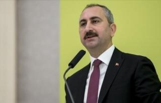 Adalet Bakanı Gül: Yeni bir İnsan Hakları Eylem...
