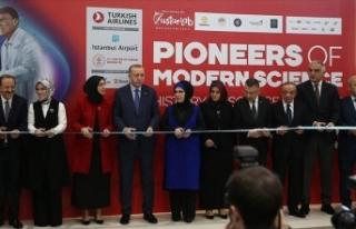 Cumhurbaşkanı Erdoğan sergi açılışına katıldı