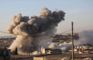 Esed rejimi İdlib'de 11 köyü daha ele geçirdi