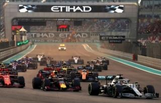 Formula 1'de sezon Hamilton'ın zaferiyle...