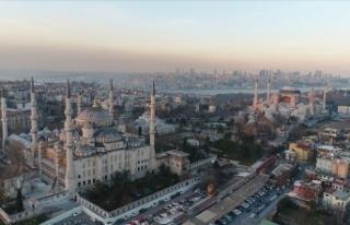 İstanbul'un turist sayısı son 5 yılın zirvesine...