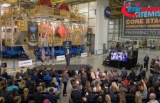 NASA Ay görevinde kullanılacağı roket platformunu...