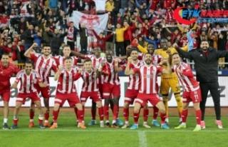 Sivasspor'un 'dipten zirveye' uzanan...