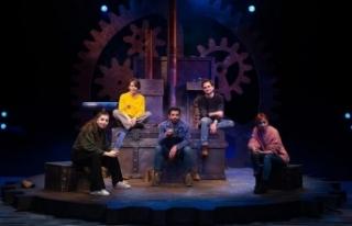 Ankara Devlet Tiyatrosunun genç oyuncuları 'Açık...
