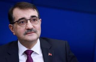 Bakan Dönmez: Sinop'ta nükleer santrali başka...
