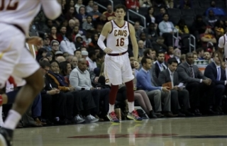Cavaliers Cedi'nin 'double double'...