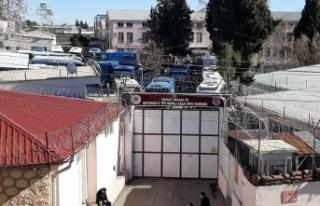 Depremde hasar gören Adıyaman cezaevinde tahliye...