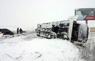 Kütahya'da otobüs kazası: 19 yaralı