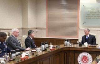 Milli Savunma Bakanı Akar ABD Suriye Özel Temsilcisi...