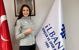 Milli tekvandocu İrem Yaman, İlbank'a transfer...