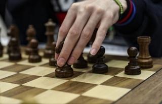 Satranç Düzce Üniversitesi'nde 'uzmanlık...