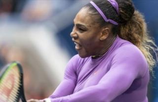 Serena Williams, anne olduktan sonra ilk şampiyonluğuna...