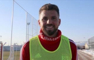 Sivasspor'un yeni transferi Claudemir'den...
