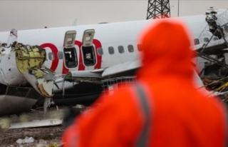 ABD'den gelen heyet kaza yapan uçağın enkazını...