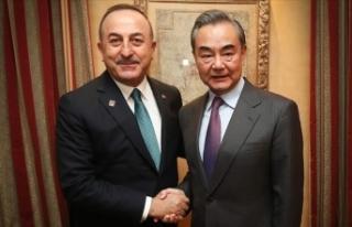 Çavuşoğlu Çinli mevkidaşı Vang ile Uygur Türklerinin...