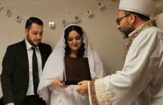 Danimarka'da Türk imamlar resmi nikah kıymaya...