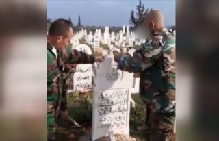Esed rejimi evlerden sonra mezarlıkları da yıkıyor