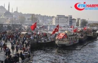 Mahkemeden Eminönü'ndeki balıkçı teknesi...