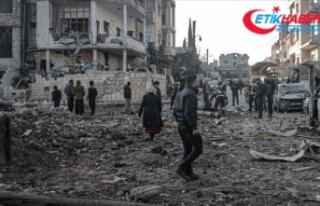 Rusya'nın İdlib'e saldırılarında 4...