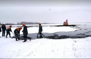 Rusya'nın Belarus'tan geçen petrol boru hattında...