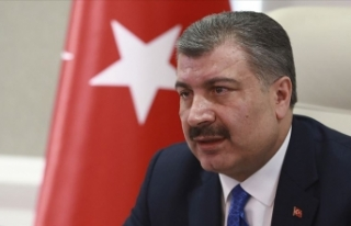 Sağlık Bakanı Koca'dan İran'daki Türk...