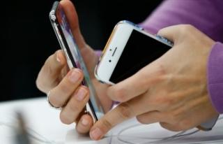 Türkiye'nin cep telefonu faturası 2 milyar...