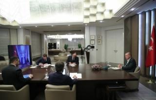 Cumhurbaşkanı Erdoğan bakanlarla video konferansla...