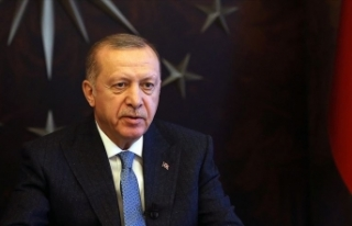 Cumhurbaşkanı Erdoğan maske ve kolonya dağıtımı...