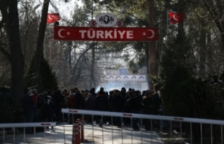 Yunanistan, Türkiye ile sınırlarını kapattı