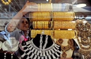 Çeyrek altın 639 lira, Cumhuriyet altını da 2.610...