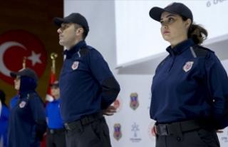 İnfaz koruma memurlarının yeni üniformalarına...
