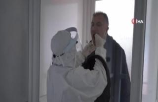 Koronavirüs testlerinde kullanılan negatif basınçlı...