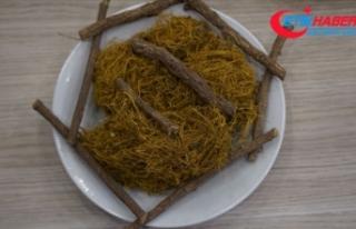 Ramazan sofraları için 'meyan şerbeti'...