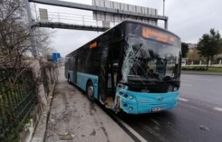 Tansiyonu düşen otobüs şoförü duvara çarparak...