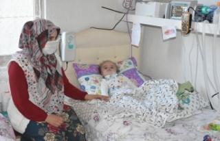 15 aylık Eymen bebek milyonda bir görülen hastalığa...