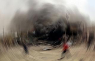 Afganistan'da istihbarat binası önünde bombalı...