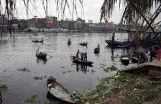 Amphan Kasırgası, Hindistan ve Bangladeş'i vurdu:...