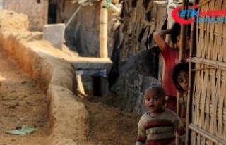 Arakanlı Müslümanların yaşadığı kamplarda...