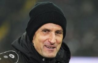 Augsburg Teknik Direktörü Herrlich, diş macunundan...