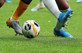 Futbol camiasından koronavirüs mücadelesine destek...