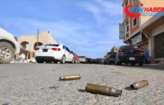 Hafter milislerinin Trablus'a düzenlediği roketli...