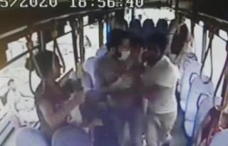 Halk otobüsünde hırsızlık yaptı, şoför kapıları...