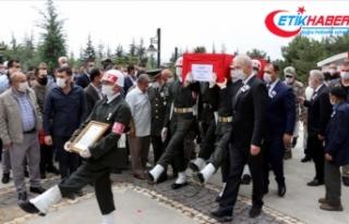 İdlib'de şehit olan Teğmen Canbert Tatar son...
