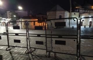 Kısıtlamanın başlamasıyla Taksim Meydanı boş...