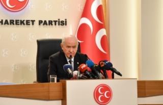 MHP Lideri Bahçeli: Duruşumuz, anıtlara Türkçe'yi...